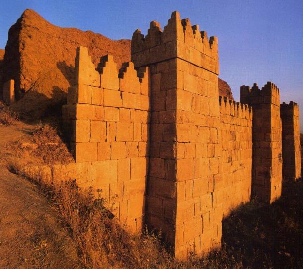 Doble muralla de Nínive, la fastuosa ciudad del imperio neoasirio.