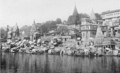 Ciudad de Benarés y rio Ganges. 1907.