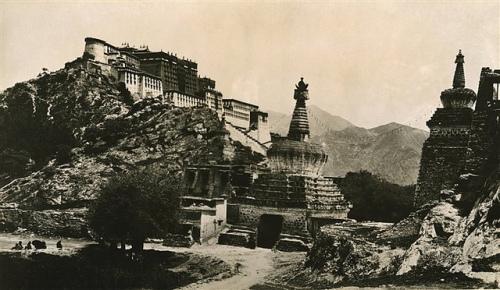 Lhasa, la capital del Tibet. 1916