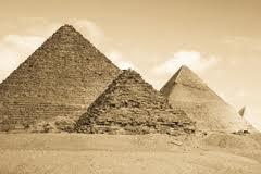 El Egipto de las pirámides albergó gran conocimiento esotérico.